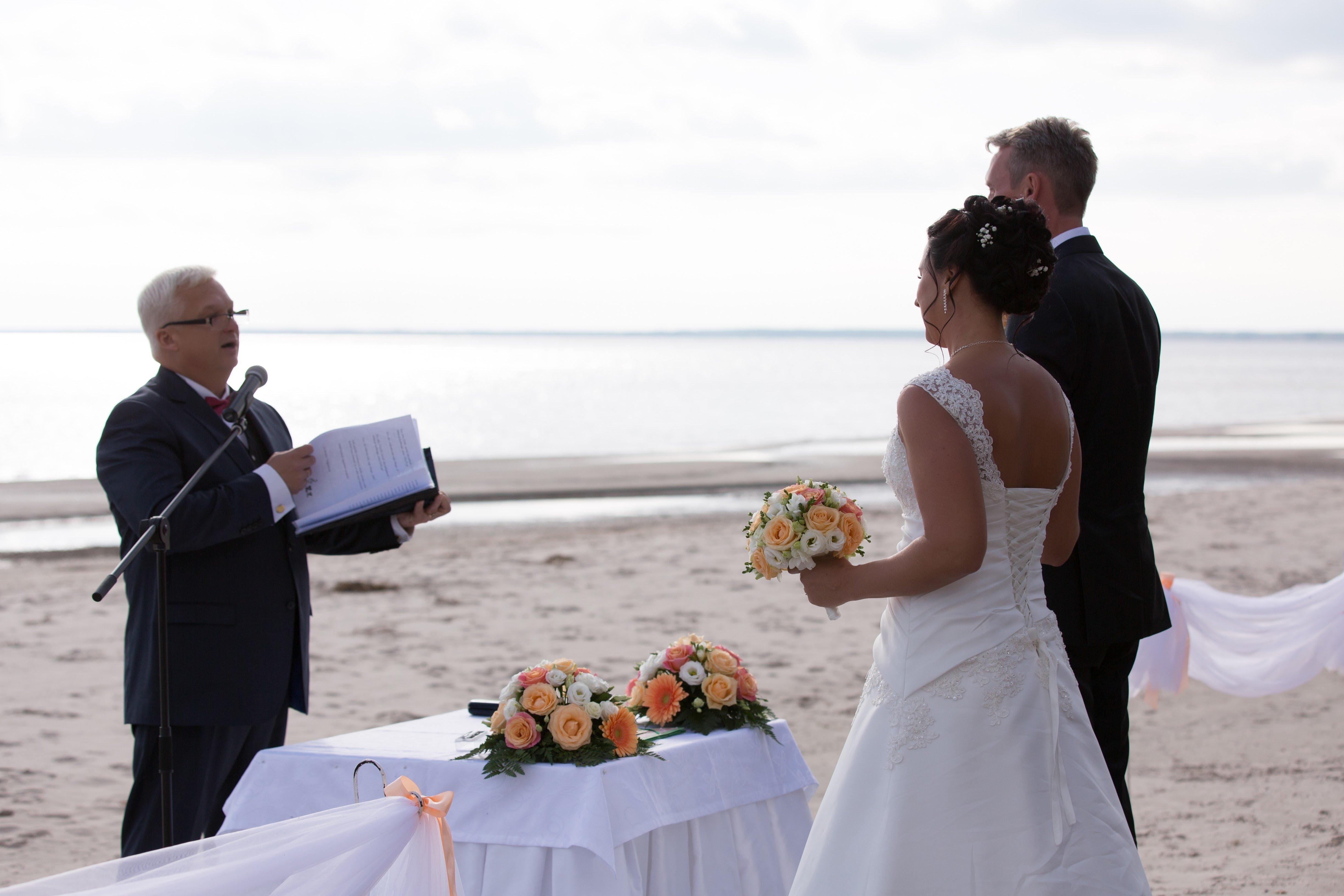 pulmatseremoonia mererannal